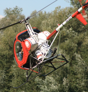 Helicopter with piston engine